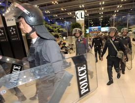 081126 thai airport.jpg
