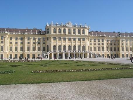 190329 schonbunn palace 2.JPG