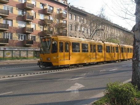 190402 tram.JPG