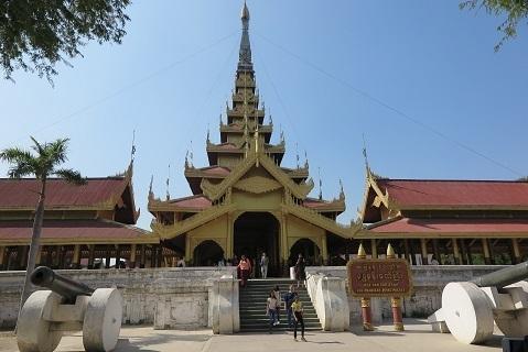200204 palace 2.JPG
