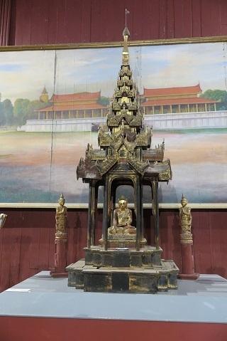 200204 palace 3.JPG